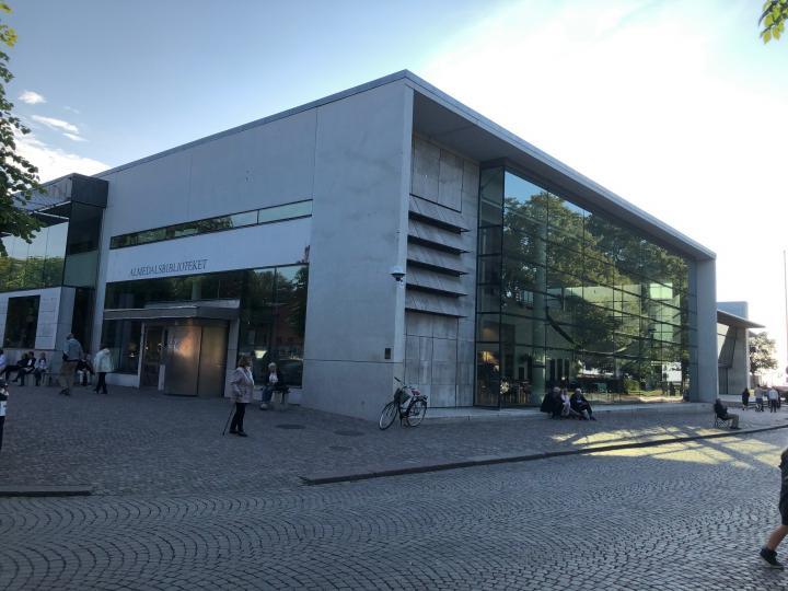 Almedalsbiblioteket